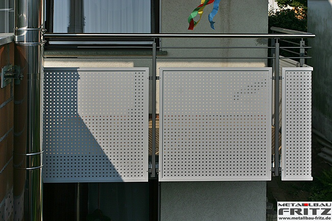schlosserei metallbau fritz balkongel nder 21 04. Black Bedroom Furniture Sets. Home Design Ideas