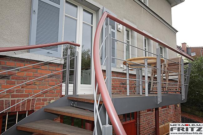 stahlbalkon balkongel nder 37 11. Black Bedroom Furniture Sets. Home Design Ideas