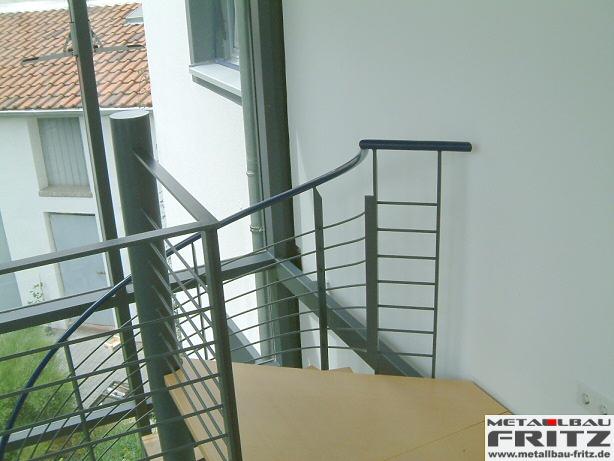 metallbau fritz spindeltreppe innen 03 05. Black Bedroom Furniture Sets. Home Design Ideas