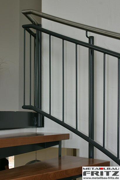 schlosserei metallbau fritz spindeltreppe innen 07 04. Black Bedroom Furniture Sets. Home Design Ideas
