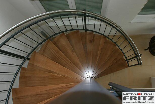 spindeltreppe innen 07 07 metallbau fritz. Black Bedroom Furniture Sets. Home Design Ideas