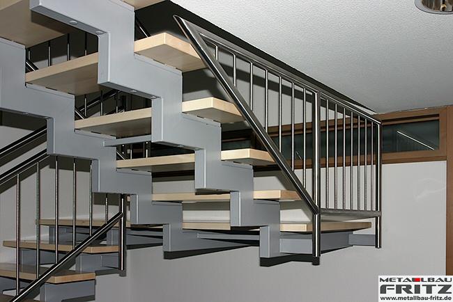 Zweil Ufige Treppe treppe innen 11 zweiläufige holmtreppe mit zwischenpodest treppe pictures to pin on