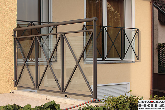 treppengel nder au en 10 02 metallbau fritz. Black Bedroom Furniture Sets. Home Design Ideas