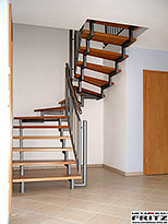 Holm-Treppe innen 10-01  -  (c) by Metallbau Fritz